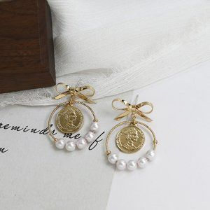 Jewelry - Exquisite Temperament Bow Pearl Earrings